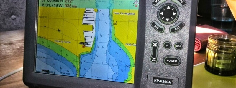 Best GPS chart plotter for boats